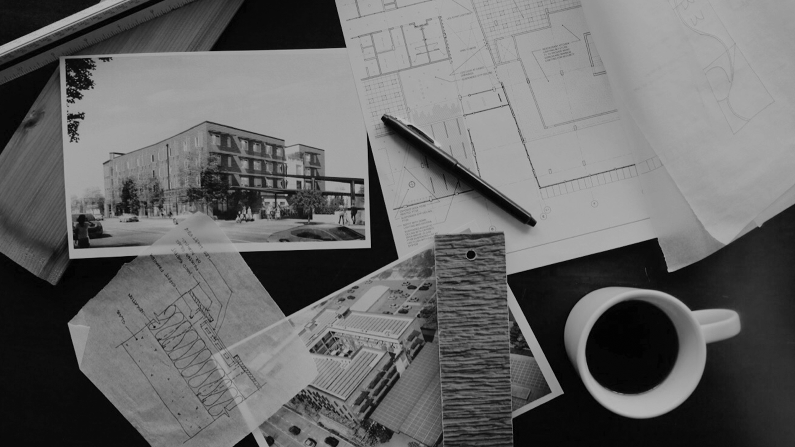 stylized, B&W photo of GGLO - PROJECT MANAGEMENT